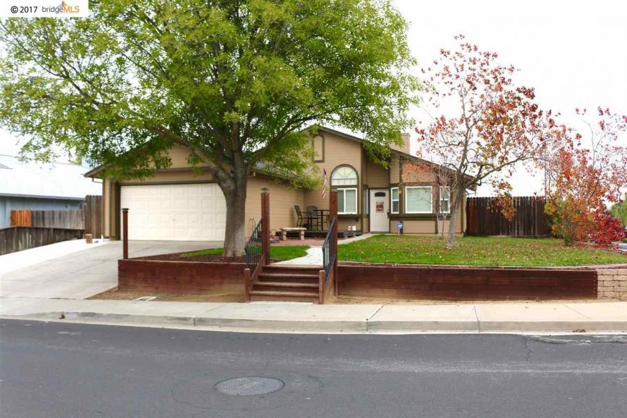 4140 Mehaffey Way, Oakley in  County, CA 94561 Home for Sale