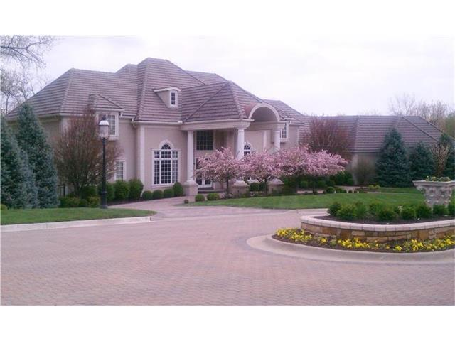 5909 Julian Drive, Parkville in Platte County, MO 64152 Home for Sale