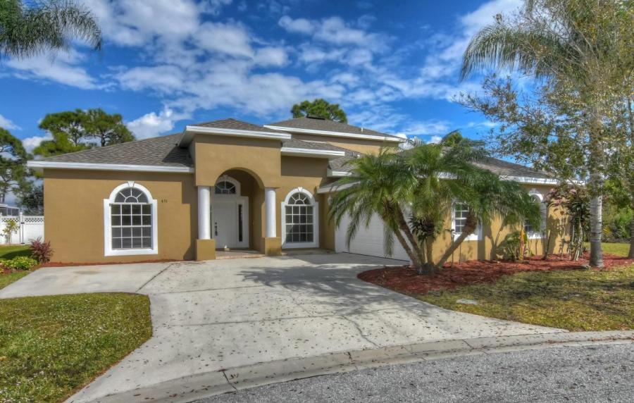 451 NW Fetterbush Way, Jensen Beach, Florida